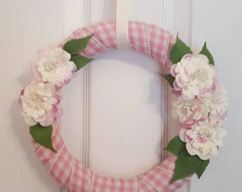 Spring wreath. Summer wreath. Gingham wreath. Flower wreath. Floral wreath. Mother's Day