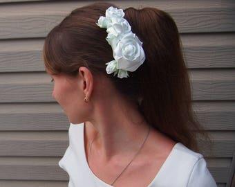 Bridal hair comb // White hair rose // Wedding hairpiece / White hair flower / Silk hair flower / White rose comb / Floral hair comb white