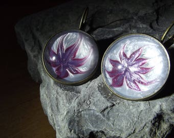 Hand painted purple & white flower 20mm lever back earrings