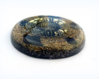 Orgonite with shunguit and black tourmaline charger plate