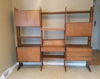 Free NYC/BOS DELIVERY Mid Century Modern Walnut modular wall unit / cabinets