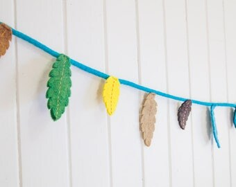 Felt feather garlands : Mulga | Galah