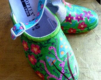 """Hand painted Clogs """"Magic garden"""" in Gr. 39"""