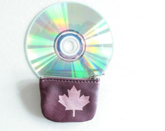 Teeny Leather Coin Purse Maple Leaf