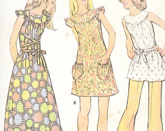 McCall's 3240 - Vintage 1970s YOKED DRESS or SMOCK Top and Pants - Sewing Pattern - Size 12 - 34 Bust