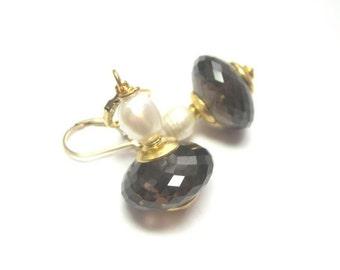 BlackFridaySale Smoky Quartz AAA and Freshwater Pearl Earrings.  Gemstone Earrings.