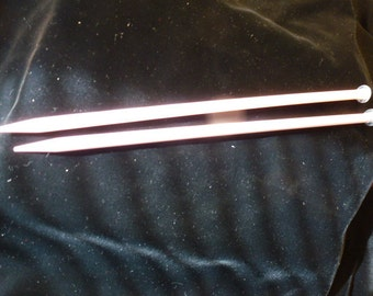 Plastic Size 15  Knitting Needles Vintage
