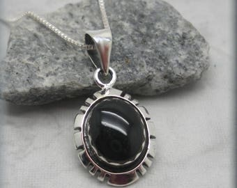 Southwestern Black Onyx Necklace in Cutout Bezel Setting, Western Pendant, Natural Stone Jewelry, Gemstone Necklace, Sterling Silver (SN994)