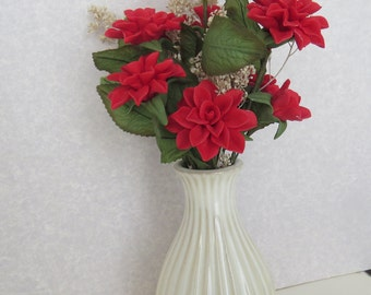 Floral arrangement,red flowers,handmade,cold porcelain,colorful,durable,gift