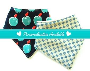 Personalized Baby Gift, Set of 2 Baby Bandana Bibs, Baby Bibs, Baby Bandana Bib, Drool Bib, Dribble Bib, Modern Baby Gift, Green Apple