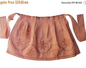 BIG SALE - Vintage Half Apron - Check Apron w/ Cross-Stitch Detail - Salmon