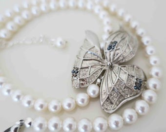 Wedding Pearl Necklace Silver Leaf Ivory Pearl Bridal Necklace Statement Jewelry Bridesmaid Necklace Romantic Wedding Special Occasion Gift