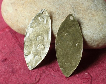 Hand hammered antique brass marquise dangle drop size 26x12mm, 2 pcs (item ID XW02790ABD1)