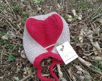 Child's wool heart hat