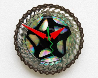 bicycle parts gift, bike parts clock, cyclist gift, Recycled Bike Gears Clock, unique repurposed bike clock, gift for him, gift for her