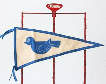Vintage Bluebird Pennant, Blue and White vintage pennant, Bird Pennant
