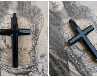 Vintage Antique  French 1890   Victorian Mourning  jet cross crucifix pendant