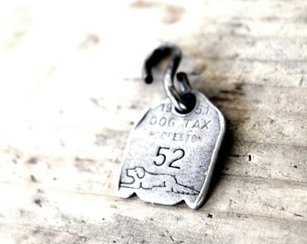 Vintage Dog Tag, Jewelry DIY Pendant, 1950's Dog, Antique Number Tag, Antique Collectible, Silver Finding, Puppy Dog Charm, Key Chain Fob