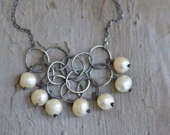 Sterling Silver Circle Links Necklace - White Pearl Necklace -Dainty Silver Necklace - Fresh Water Pearl Necklace - Oxidized Silver Necklace