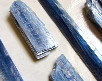 Kyanite Shards, blue crystal, aligns all the chakras