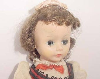 "MME Alexander Young Lady -Cissette Type -  Alexander-Kins  Jo  Dress - 9"" Doll -Nice One"