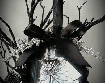 Haunted Mansion spooky scary HATBOX ghost christmas ornament