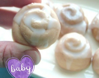 Baby Shower Soap Favors, Bun in the Oven Soap Favors, 20 Mini Cinnamon Bun Soaps, Baby Shower Favors, Party Favors, Mini Soaps