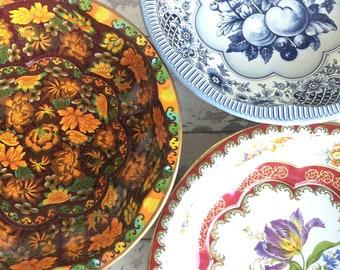 Vintage Daher Tin Bowl  -Choice - Orange, Blue or Floral