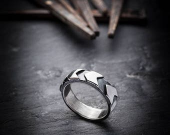 FURTHER ring