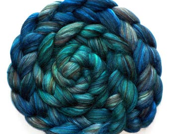 Roving Handdyed Merino Silk Swirled Colors Combed Top Teal Treasure Heather 5.4 oz.