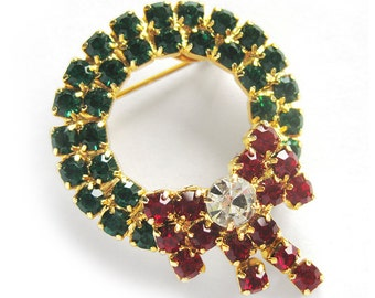 Vintage Sparkling Christmas Wreath Brooch / Green and Red Rhinestone  Brooch Pin / Holiday Jewelry
