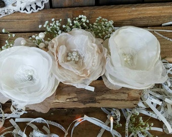Wedding Centerpiece, Rusitc Chic decor, Table Centerpiece, Vintage Centerpiece, wedding flowers, Mason Jar Flowers Rustic Centerpiece