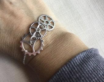 Steampunk Gear Bracelet, gear bracelet, steampunk bracelet