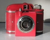Uncommon Vintage Vivid Red Beacon ll Camera with Red Leather Case 1942-1955