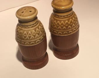 Excellent Condition Vintage Salt & Pepper Shakers