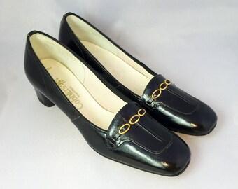 Vintage 1960s Ladies Black Gold Eye Pumps | Cobblers | Size 7.5
