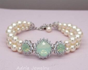 Mint Wedding Bracelet,Green Bridal Bracelet, Mint Green Bracelet ,Swarovski Crystal Wedding Jewelry, Chrysolite Opal Bracelet for Brides