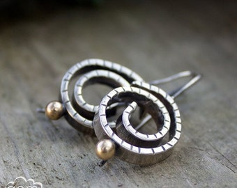 LAST CHANCE Rustic sterling silver earrings with  9k gold  - Nautilus -