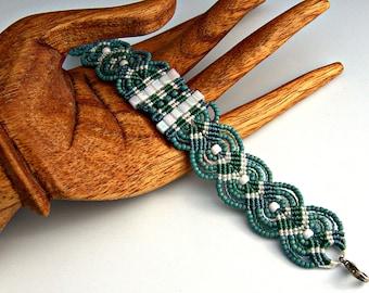 Turquoise, Green and White Macrame Bracelet - Micro Macrame Leaves Bracelet - Turquoise Bracelet - Boho Bracelet - Macrame Jewelry