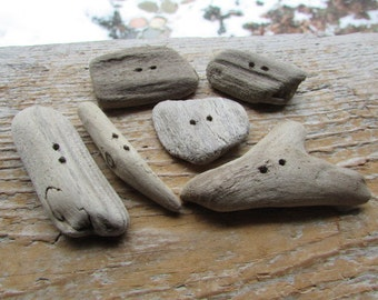NATURAL Driftwood BUTTONs ~ Wooden buttons
