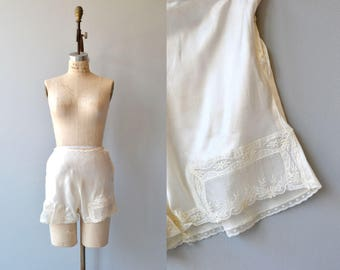 Laced Tap pants | vintage 1940s silk tap pants | lace leg silk shorts