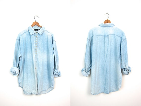 Vintage 90s Washed Out Faded Blue Chambray Shirt Button Up Slouchy Denim Shirt Hipster Minimal Boho Bleached Jean Shirt Womens Large