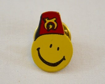 Vintage SHRINERS Smiley Face enamel pin badge lapel pin pinback tie tack