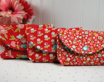 3 Piece Snap Pouch Set, Nesting Pouch Set (Large, Medium, Small) ..Vintage Picnic in Red, Bonnie and Camille