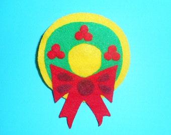 Fabulous Felt Christmas Wreath Brooch