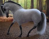 OOAK handmade felt model horse 'Winter'