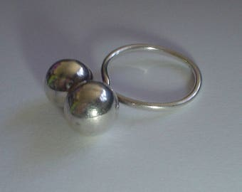 Silver ring sterling vintage twin ball modernist mid century 7.5 UK P