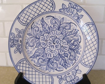 Italian Art Pottery Hand Painted Plate Blue and White Italy