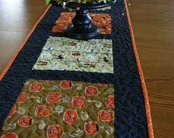 Spooky Pumpkin Delight Halloween Table Runner