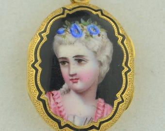 18K Victorian Enamel Portrait Locket